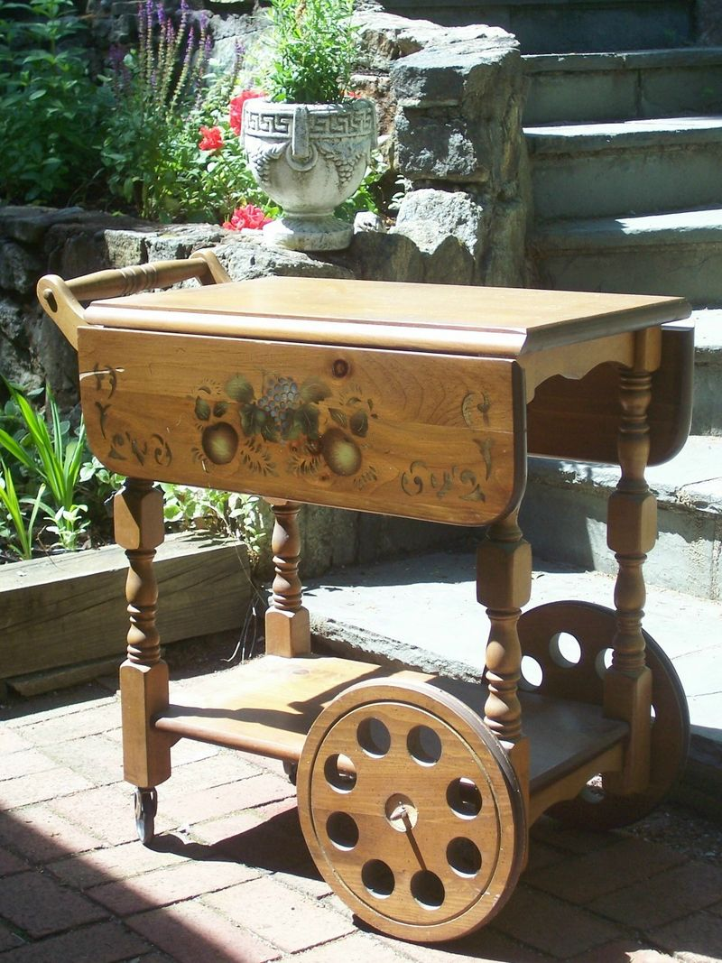 Show and tell tea cart