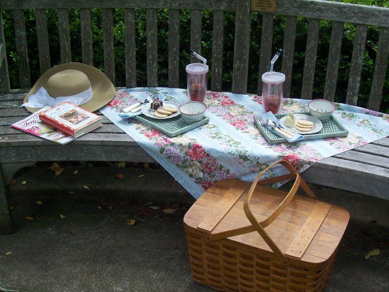 TThurs-picnic for 2