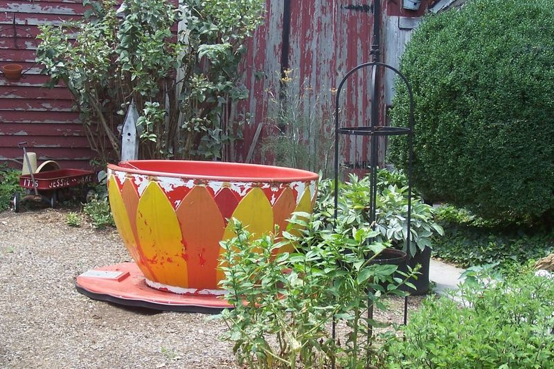 Teacup ride garden ornament