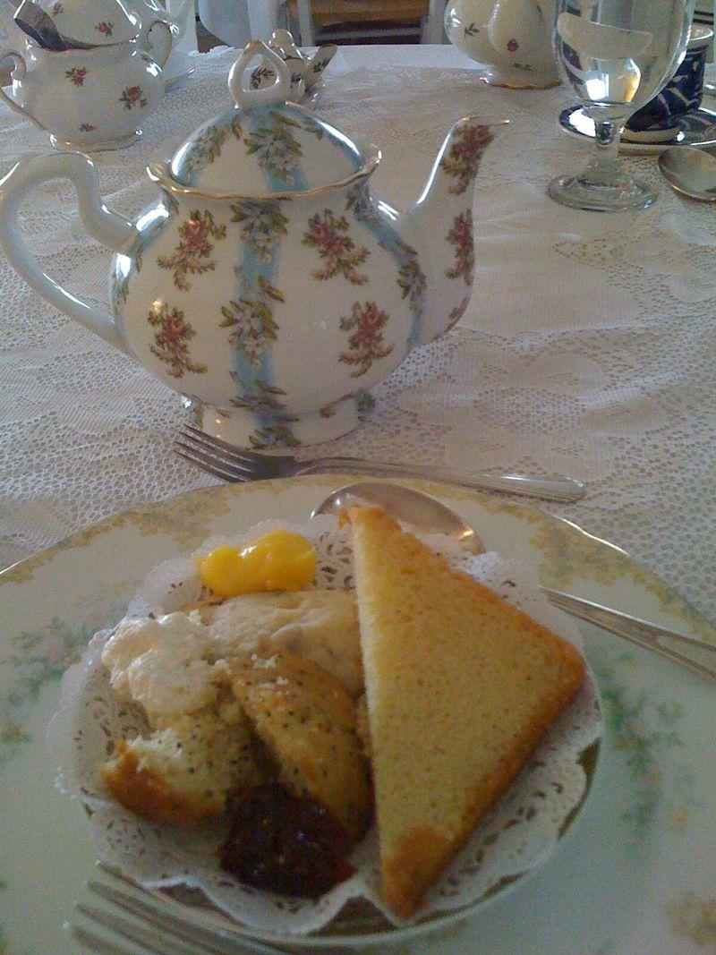 Tea hive B